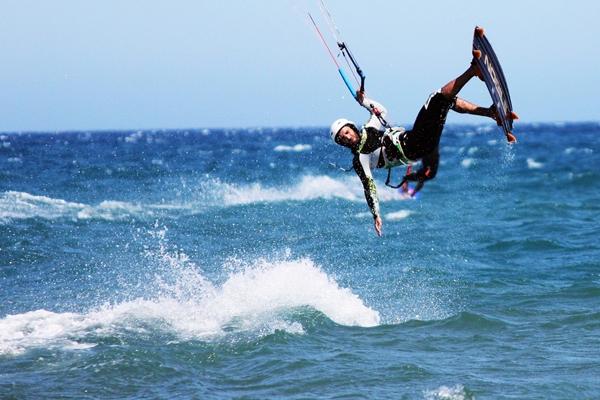 kite und windsurfen an der costa de la luz in tarifa